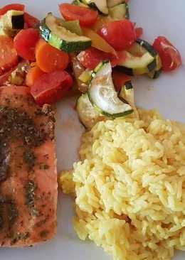 Σολομός με λαχανικά στον φούρνο
