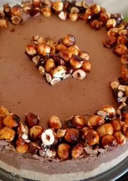 Νηστίσιμη τάρτα σοκολάτας με καραμελωμένα φουντούκια και καραμελωμένες μπανάνες της Έλενας