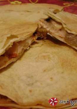 Κεσαντίγιας (Quesadillas) Καλτσόνε