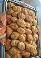 Τυροπιτάκια ή λουκανοπιτάκια