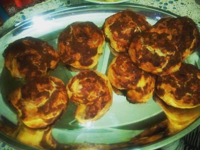 Αφράτα τσουρεκάκια με κανέλα και ζάχαρη με γεύση ανανά