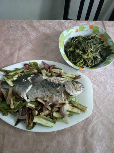 Σάλπα (ψάρι) ψητή. Με ψητά λαχανικά
