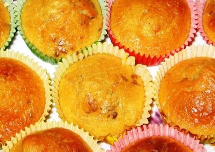 Muffins κανέλα-πορτοκάλι-καρύδι