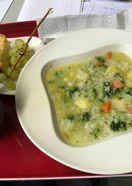 Σούπα με μπρόκολο και κουνουπίδι