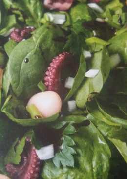 Σαλάτα με χταπόδι, γίγαντες και σπανάκι