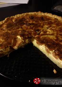 Τάρτα με λευκό τυρί και λουκάνικο