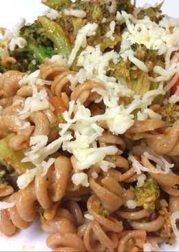 Ζυμαρικά με λαχανικά στα γρήγορα