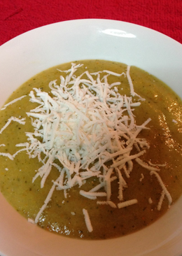 Σούπα μπρόκολο βελουτε!