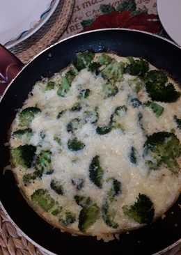 Ομελέτα με ασπράδια μοτσαρέλα και μπρόκολο