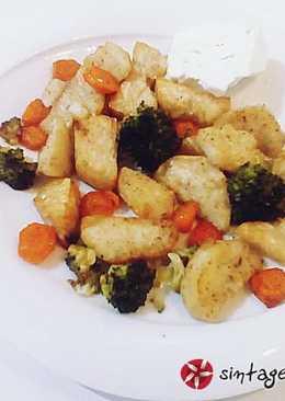 Ψητή γλυκοπατάτα, μπρόκολο και καρότο