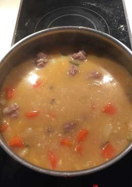 Μπαλάκια κρέατος σούπα (Γιουβαρλάκια)