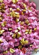 Παντζάρια σαλάτα με γιαούρτι, ροκφόρ και καρύδια