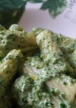 Πέννες με φρέσκο σπανάκι, Ricotta & Gorgonzola
