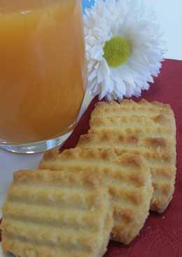 Μπισκότα με ταχίνι, φρέσκο χυμό και υπέροχο άλειμμα μαστίχας και αμύγδαλου