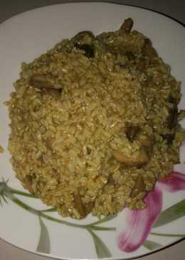 Καστανό ρύζι με μανιτάρια!
