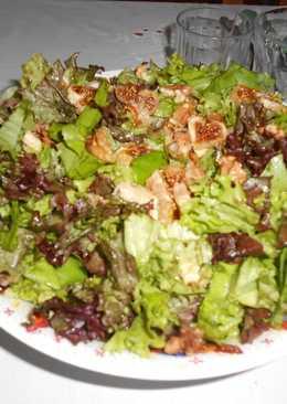 Σαλάτα vegan με σύκα και καρύδια