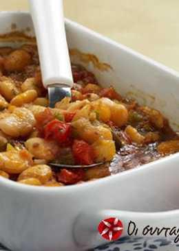 Φασόλια με πιπεριές και μελιτζάνες
