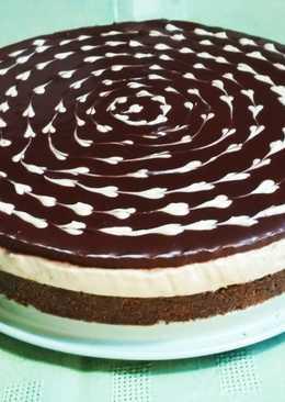 Cheesecake με καραμελωμένο ζαχαρούχο και σοκολάτα