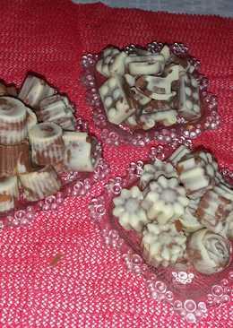 Σοκολατάκια γάλακτος με γέμιση καραμέλα