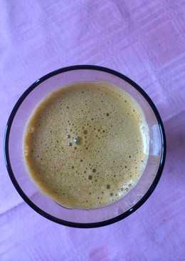 Χυμός καρότο, πορτοκάλι, κεϊλ (kale), λεμόνι και ginger