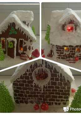 Χριστουγεννιάτικο σπιτάκι με φωτάκια