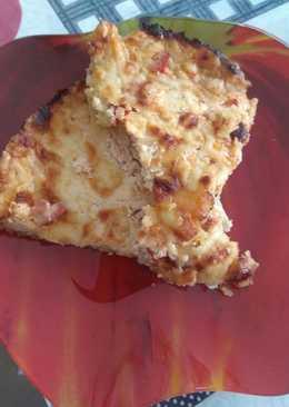 Ανοιχτή πίτα με κασέρι και μπέικον