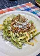 Pasta σπανάκι με σάλτσα κιμά!