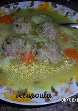 Γιουβαρλάκια σούπα με λαχανικά και φέτα