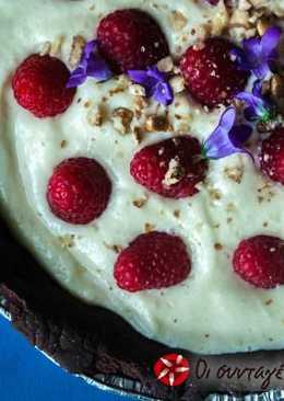 Τάρτα σοκολάτας, με κρέμα αμυγδάλου και raspberry