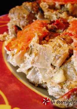 Χοιρινό με γιαούρτι και τυριά στη γάστρα