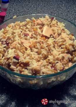 Σαλάτα με φακές, ρύζι και τόνο