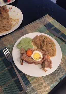 Ρολό στεφάνι με σάλτσα μανιταριών και πουρέ πατάτας-σπανάκι