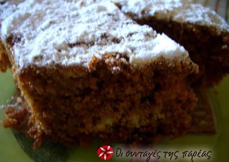 Κέικ μήλου με πετιμέζι (νηστήσιμο)