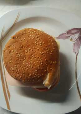 Ώρα για ένα σάντουιτς με γαλοπούλα, 🍅 ντομάτα και κασέρι!!