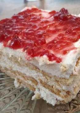 Γλυκό ψυγείου με μαρμελάδα φράουλα