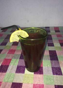 Δροσερός χυμός φρούτων