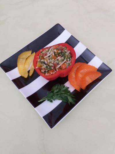 Θρεπτική σαλάτα με πλιγούρι
