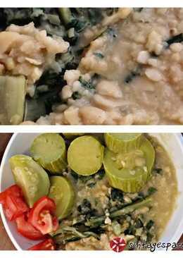 Κουκιά με λάχανα (σέσκουλα) και κολοκυθάκια