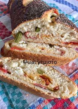 Ρολό ψωμιού γεμιστό