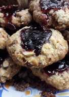 Ελαφριά, αφράτα, γευστικά και μυρωδάτα μπισκότα βρώμης με αμύγδαλα