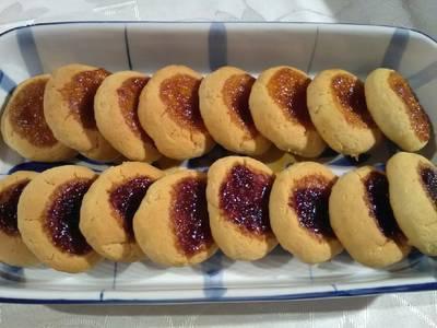 Μπισκότα Σαμπλέ με μαρμελάδα