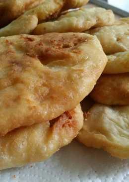 Τηγανόψωμαγεμιστά με τυρί φέτα