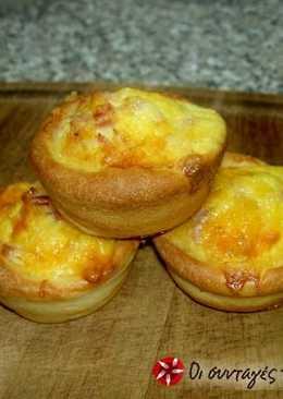 Αυγά με τυρί και μπέικον σε ζύμη