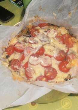 Μακαρόνια στο φούρνο με πιπεριές και λουκάνικα