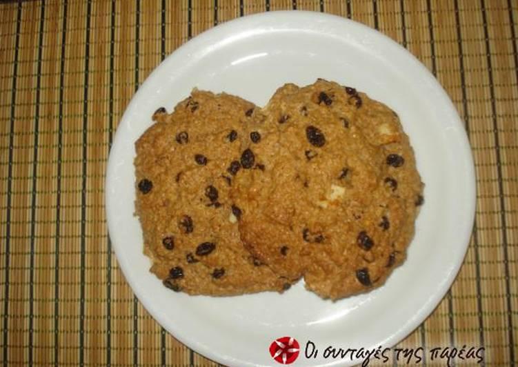 Cookies με βρώμη, σταφίδες, μήλο και κανέλα