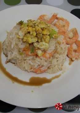 Ριζότο με γαρίδες, σάλτσα σόγιας και αυγό