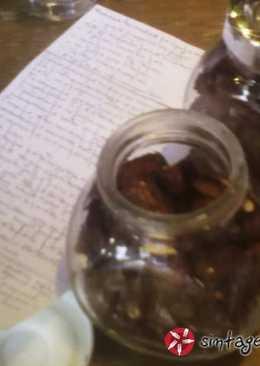 Ψημένα αμύγδαλα με άρωμα πάπρικας, μέλι & λεμόνι