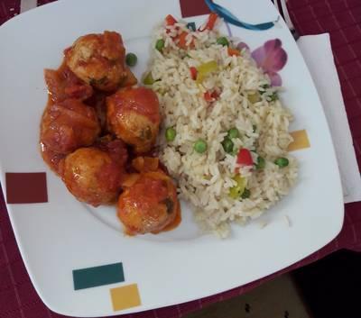 Σουτζουκάκια κοτόπουλο με ριζότο