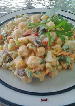 Ρεβύθια σαλάτα