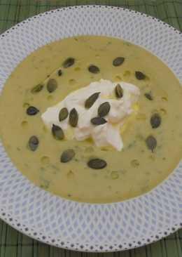 Βελουτέ σούπα με κολοκυθάκια
